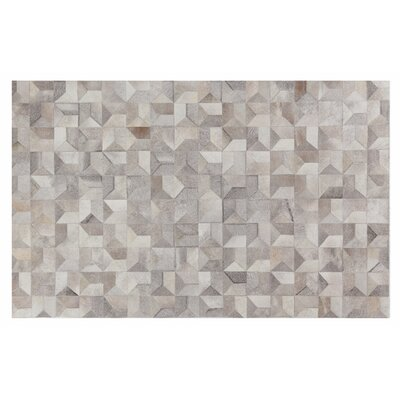 Natural Hide Hand-Tufted Cowhide Silver/Ivory Area Rug Rug Size: 8 x 11