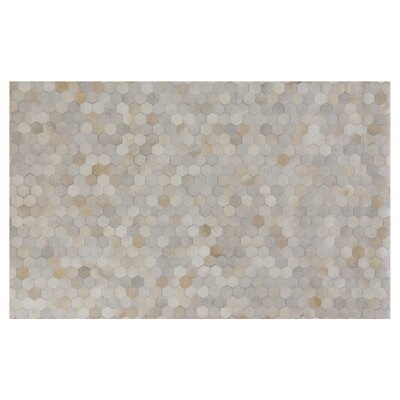Natural Hide Hand-Tufted Cowhide Ivory/Natural Area Rug Rug Size: 5 x 8