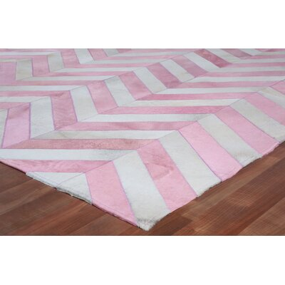 Hand Woven Leather Pink/White Area Rug