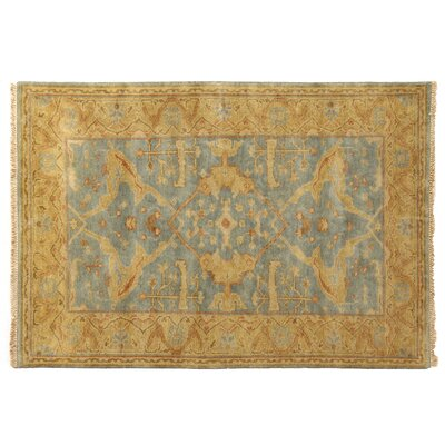 Serapi Hand-Knotted Light Beige/Blue Area Rug