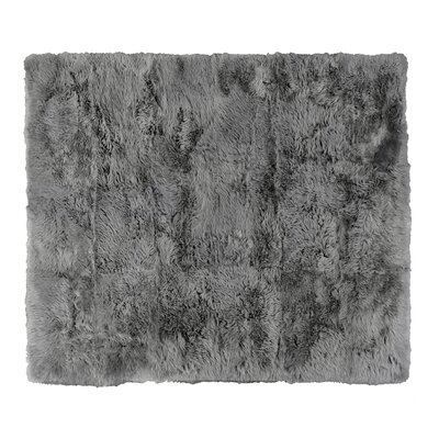 Hand woven Sheepskin Gray Area Rug Rug Size: Rectangle 136 x 176