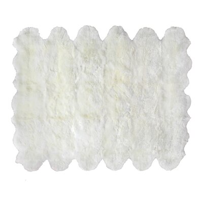 Hand woven Sheepskin Ivory Area Rug Rug Size: Rectangle 96 x 136