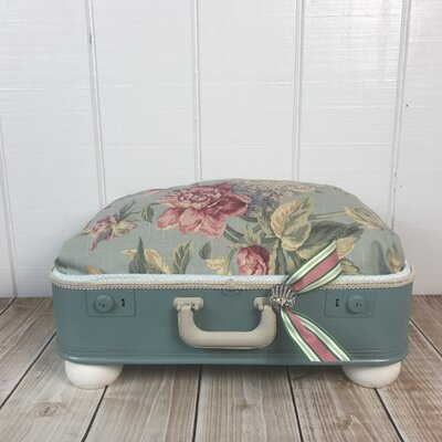 The Duchess Pet Suitcase Bed