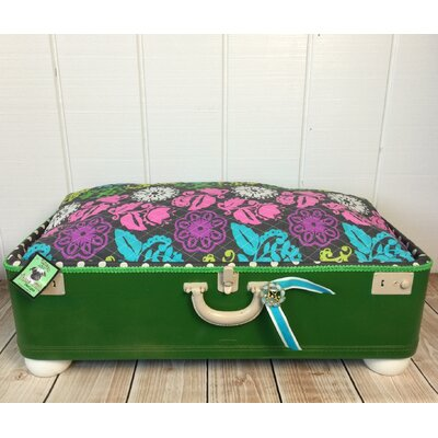 Kasey Bountiful Pet Suitcase Bed