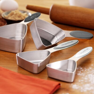 Triangular Dry 4 Piece Stainless Steel Measuring Cup Set 8943