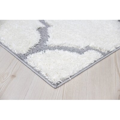 Ruiz Glam Moroccan Shag White/Gray Area Rug Rug Size: Rectangle 8 x 10