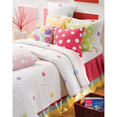 Iman Quilt Size: Twin
