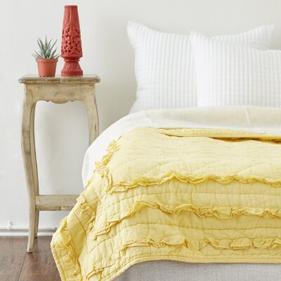 Casey Quilt Size: Twin, Color: Yellow
