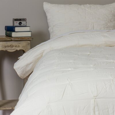Aiden Quilt Size: Queen, Color: Ivory