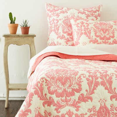 Damask Quilt Set Size: King, Color: Pink