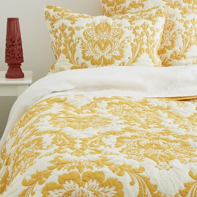 Yellow Damask Quilt - Queen