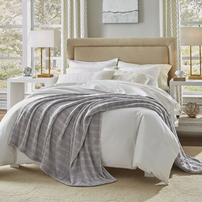 Damask Stripe Blanket Size: Full/Queen, Color: Gray
