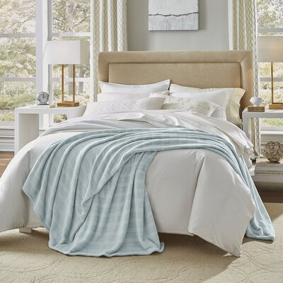 Damask Stripe Blanket Size: Full/Queen, Color: Light Blue