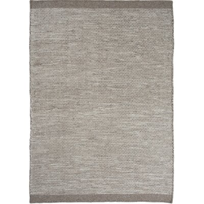 Mariya Hand Woven Wool Light Gray Area Rug Rug Size: 57 x 79
