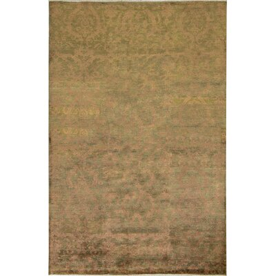 Faded Vineyard Hand-Woven Green/Gold Area Rug