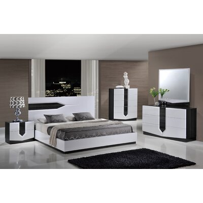 Hudson Panel Bed Customizable Bedroom Set