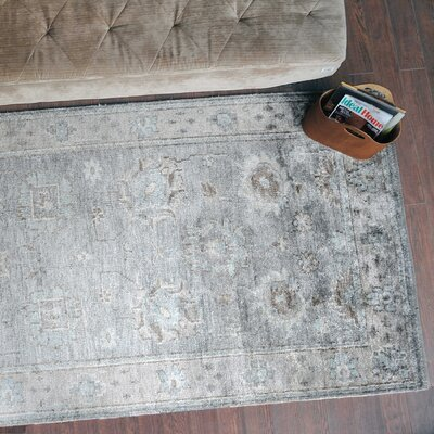 Petterson Hand-Knotted Gray Area Rug Rug Size: 5 x 8