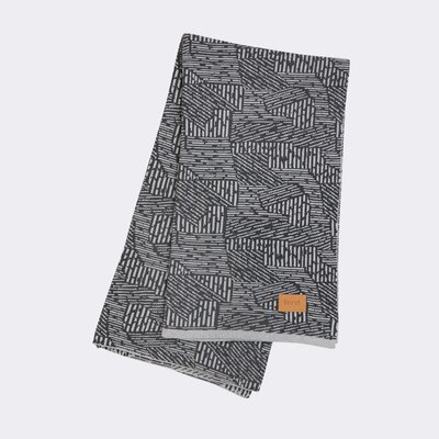 Jacquard Knitted Maze Cotton Blanket Color: Grey