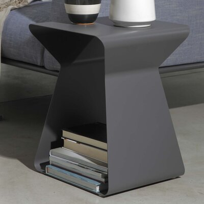 Kito End Table Finish: Anthracite