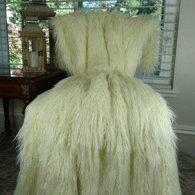 Weare Curly Mongolian Bedspread 10672B13D2D94654A0F2F0899E65A09B