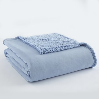 Micro Flannel� Sherpa Blanket Size: King, Color: Wedgewood