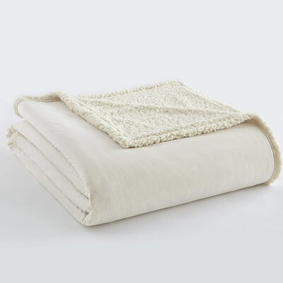 Micro Flannel� Sherpa Blanket Size: King, Color: Ivory