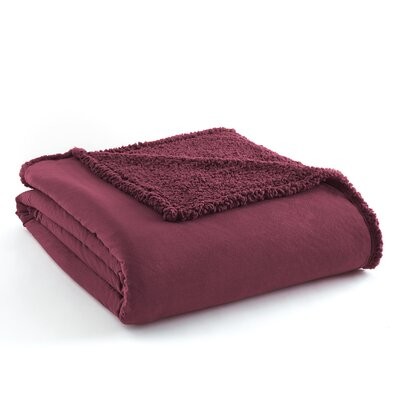 Micro Flannel� Sherpa Blanket Size: Twin, Color: Wine