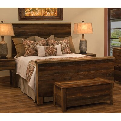 Barnwood Uptown Panel Bed Size: Queen