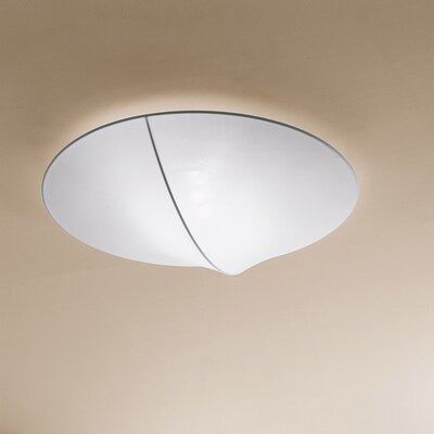 Nelly 3-Light Flush Mount Color: White Pattern, Size / Bulb Type: 5.88 H x 39.38 D/Halogen