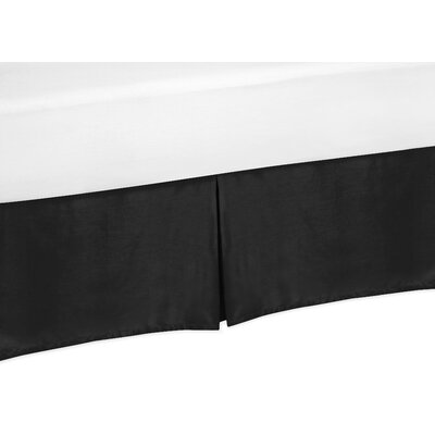 Chevron Bed Skirt Size: King, Color: Black