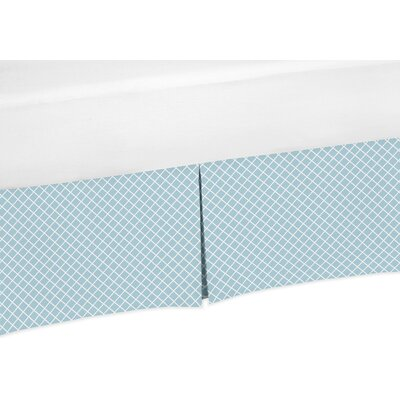 Woodland Toile 200 Thread Count Bed Skirt Size: Queen