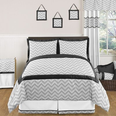 Black and Gray Zig Zag Bedding Collection