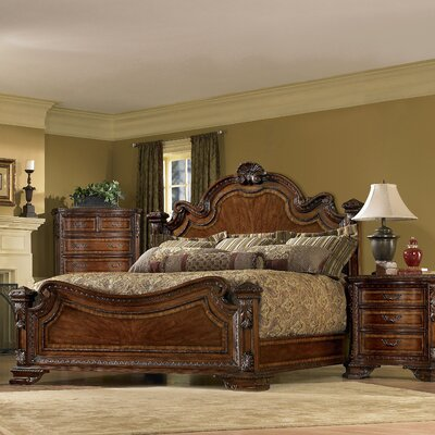 Traditional Bedroom Sets on Bedroom Set In Warm Pomegranate   5339 00 The Traditional Design Of