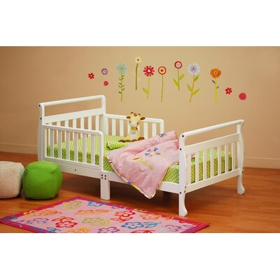 Jaden Toddler Sleigh Bed Finish: White