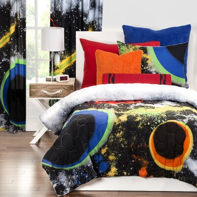 Out of This World Comforter Set Size: Full/Queen