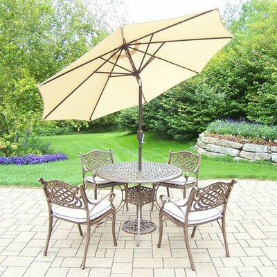 Mississippi 5 Piece Dining Set with Cushions Umbrella Color: Beige, Cushion Color: Oak Meal