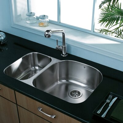 31 inch Undermount 70/30 Double Bowl 18 Gauge Stainless Steel Kitchen Sink Bowl Configuration: Right, With Grids and Strainers: No