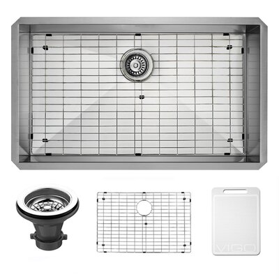 Alma 32 inch Undermount 16 Gauge Stainless Steel Kitchen Sink