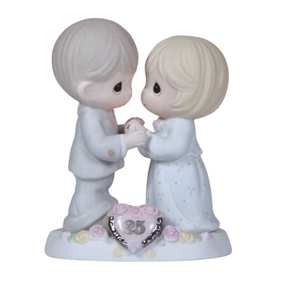 Anniversary 25th Figurine 115911