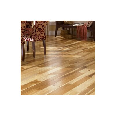 Character 5 Engineered Hickory Hardwood Flooring in Natural