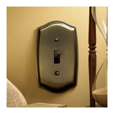 Colonial Design Single Switch Wall Plate Color: Antique Brass