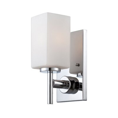 Dakota 1-Light Wall Sconce Finish: Chrome