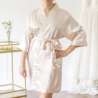 Mellen Bride Bathrobe Color: Light Pink, Size: Small