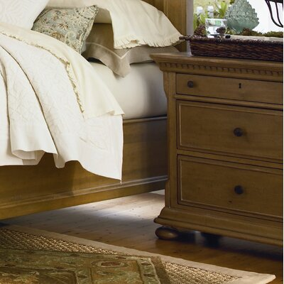 Down Home 3 Drawer Bachelors Chest Color: Distressed Oatmeal