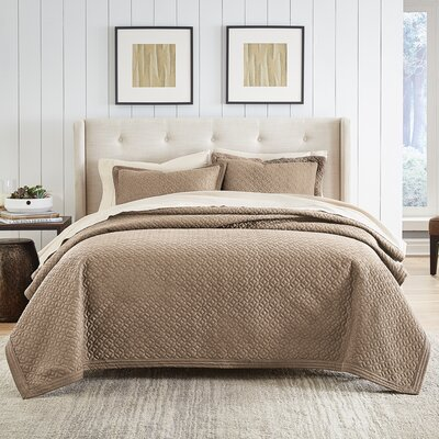 Fulton Quilt Size: King, Color: Taupe