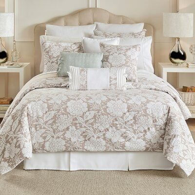 Nellie 4 Piece Reversible Comforter Set Size: California King