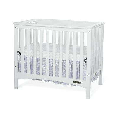 London Euro Mini 2-in-1 Convertible Crib Finish: Matte White F50001.46