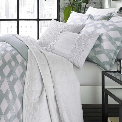 Atwood Reversible Quilt Set Size: King