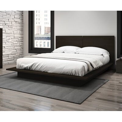 Decimus Queen Platform Bed Finish: Dark Espresso