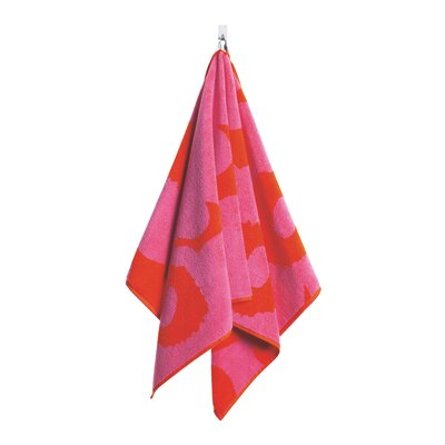 Unikko Hand Towel Color: Pink